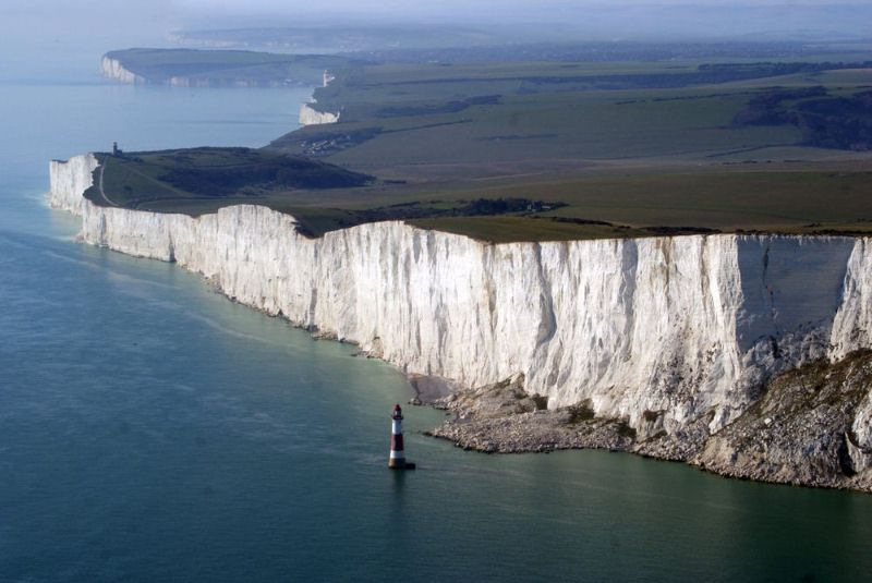 15 Beachy Head Lighthouse